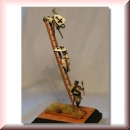 Valdemar-Miniatures: VM023 Small siege ladder w. crew 1:72